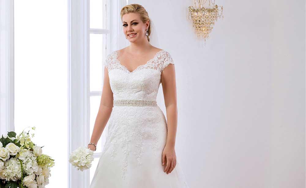 Vestiti Da Sposa Taglia 46.Abiti Sposa Taglie Forti News Sorelle Ferroni